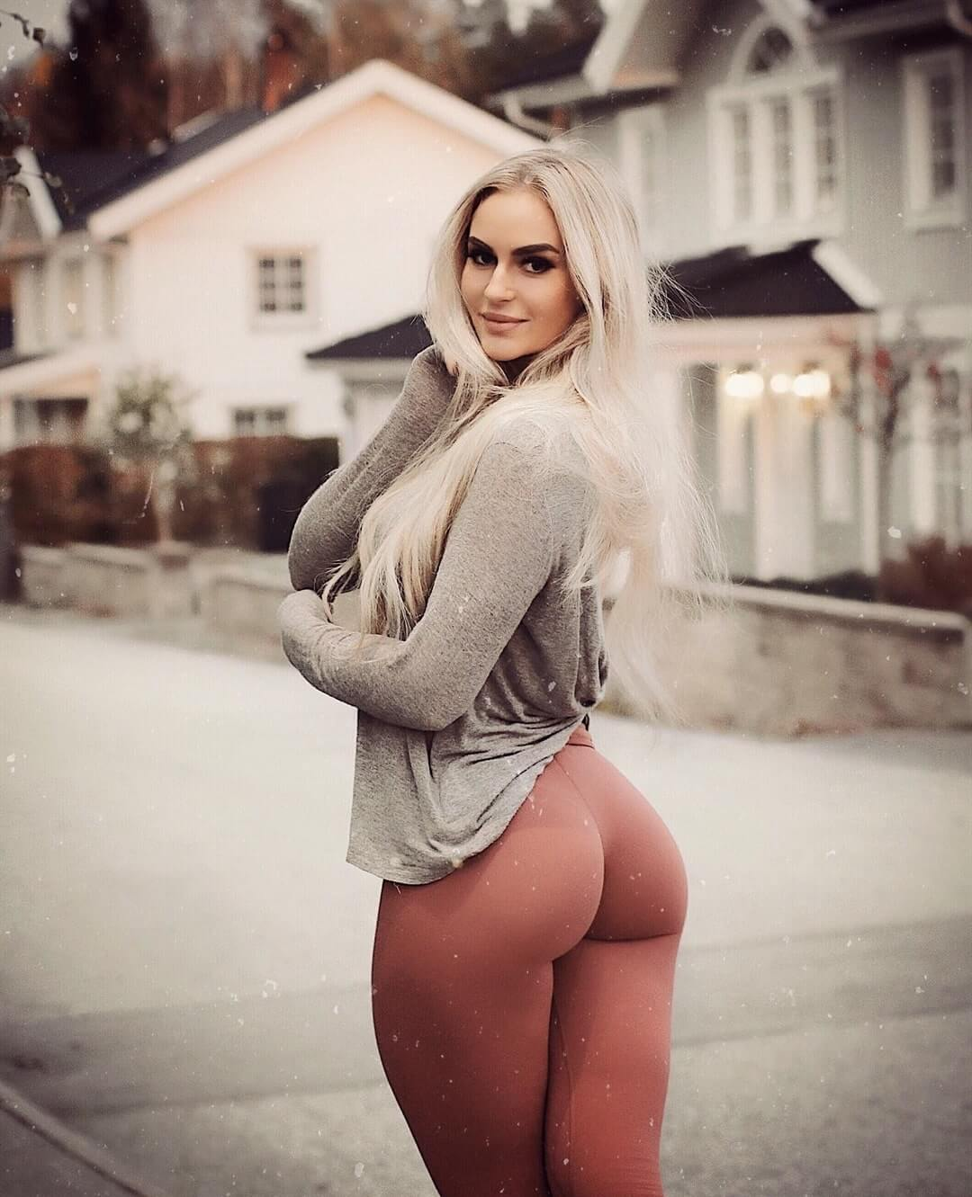 norwegian women